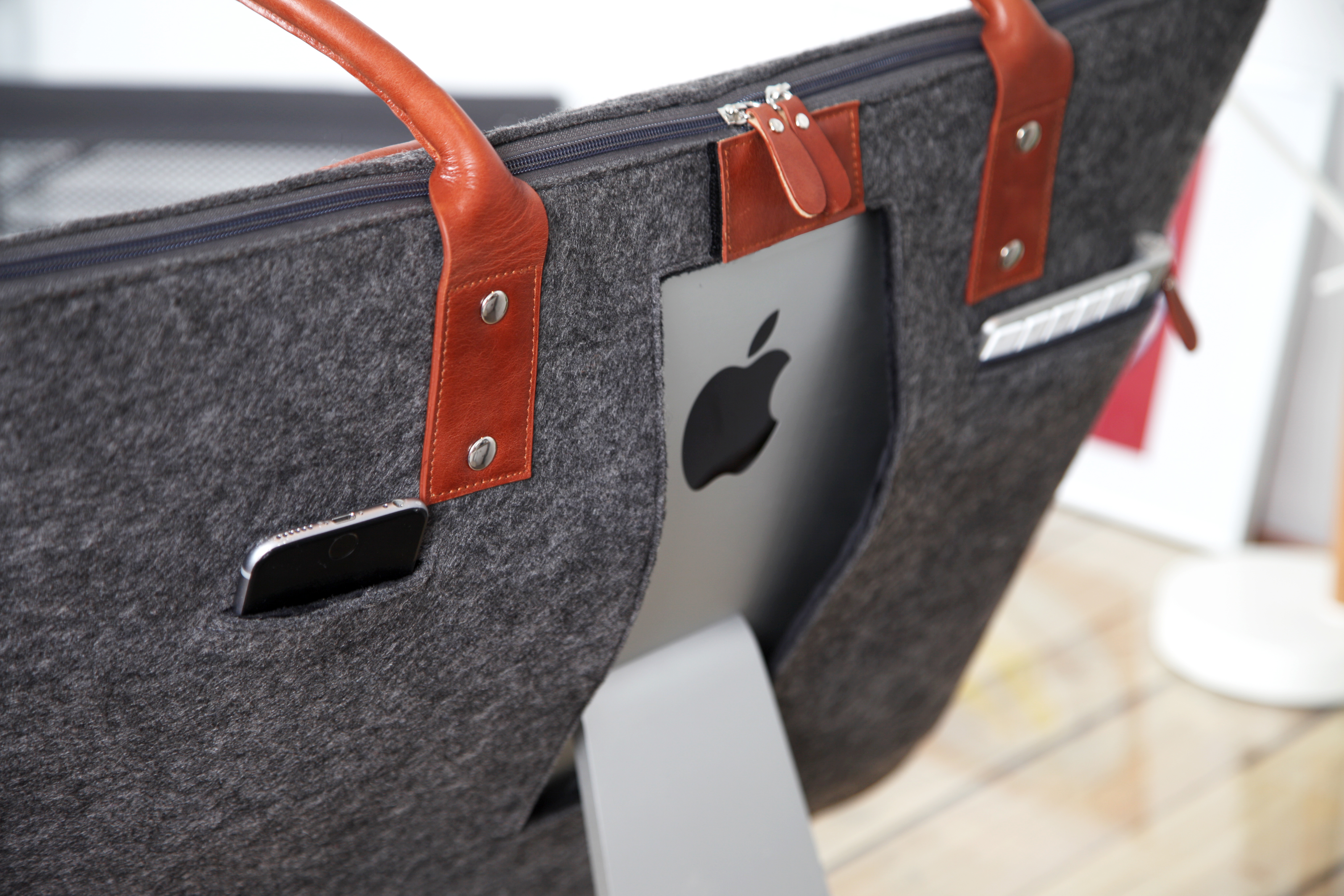 great fit a2ed5 c6706 Details about Lavolta Carrying Case Tote Bag for Apple iMac 27 Inch Retina  5K - Leather & Felt
